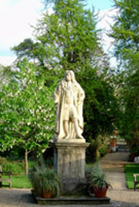 Statue of Sir Hans Sloane, benefactor of Chelsea Physic Garden.